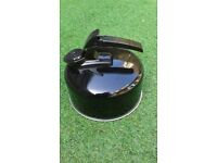 Camping kettle for gas hob