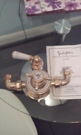 Brass thermostatic mixing valve