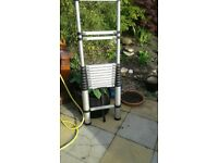 heavy duty telescopic ladder in very good condition 4m extended appox.