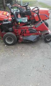 Snapper Ride on Lawnmower in full working order. Reduced price as short on storage room.