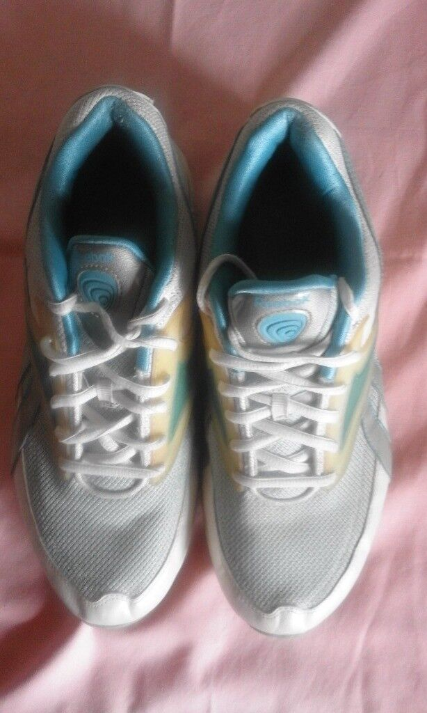 79c7f0bba2e2 Reebok Easytone trainers. Ladies size 7