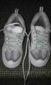 Heelys size 3