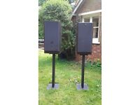 JBL studio speakers with stands one of the speakers is bad. £40 call 07887906519