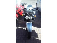 KAWASAKI ZZR600 SILVER Y PLATE 35K MILES NEW MOT TODAY 23RD MAY