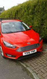 Ford focus roof bars with box