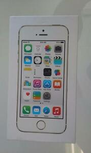 Brand New!!! iPhone 5S 16GB Gold/Silver/Space Gray Unlocked all network including Wind