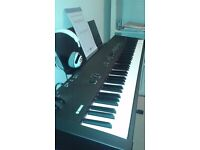 Yamaha CP33 Keyboard with Yamaha Piano seat