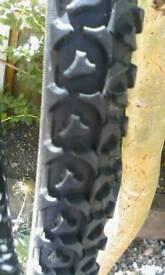 2 new cycle tyres, 700x38C
