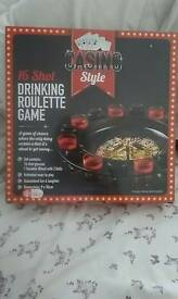 16 Shot Drinking Roulette Game Set