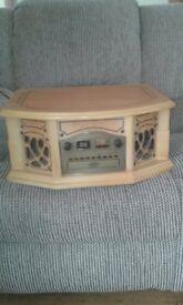 Vintage Phonograph AM/FM Radio Cassette & CD Player