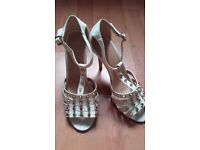 NEW with Tags Atmosphere Heeled Shoes size 6/39
