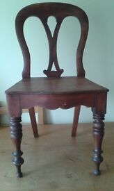 Very pretty wooden occasional chair with turned legs and curved back