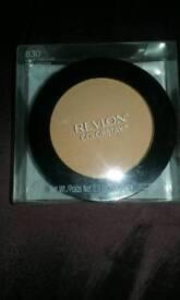 Revlon pressed powder
