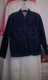 Reduced!Men's denim jacket size large. Great clean good quality condition. Much wear left.