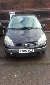 renault grand scenic 7 seater 05 plate
