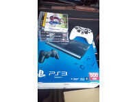 PS3 500 GB + 2 controllers + 6 games