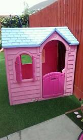 Wendy house. Play house