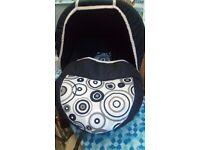 KARWALA CHILDS/ BABY CAR SEAT