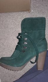 Ankle boots. Womens , forest green fur lined, Saint Galant brand, New!!! Size 39 euro 6 UK