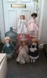 Assorted pot dolls
