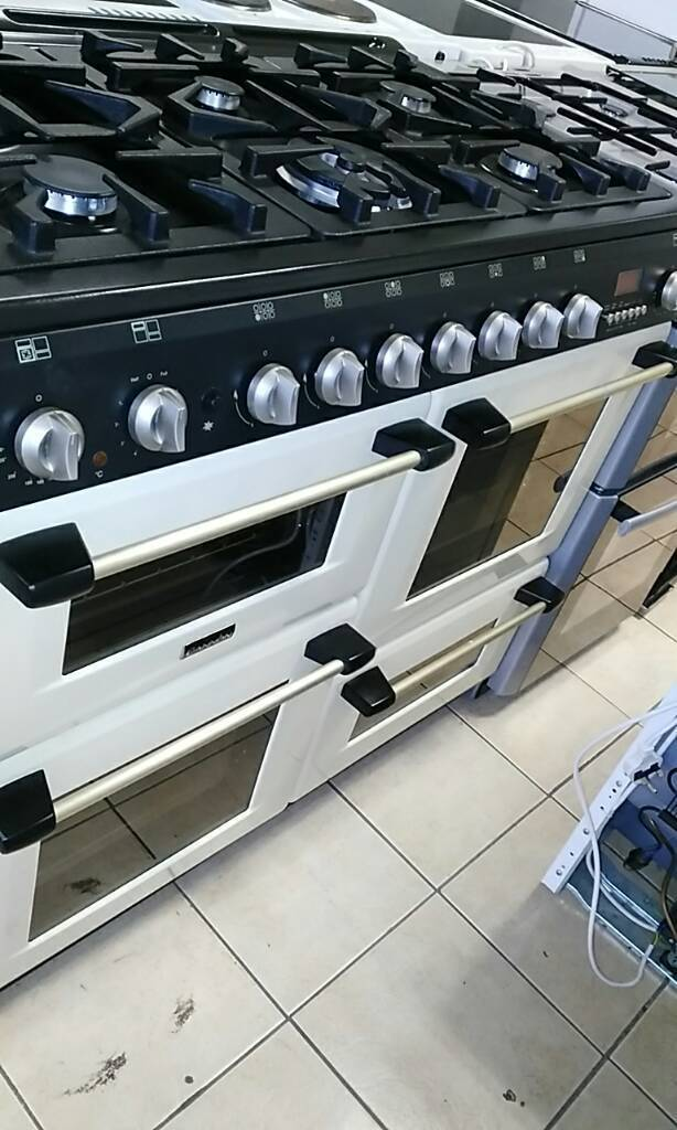 Canon 6 burner range cooker in excellent condition comes with 1 month GUARANTEE