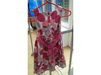 Girl party dress age 6-7, in good clean condition