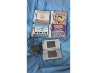 Silver Nintendo DS Lite with 4 games £25