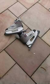Ice skates size 9.5