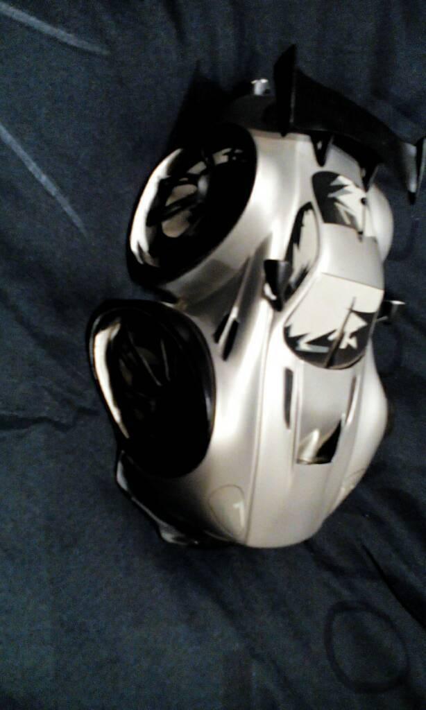 Speed Freaks Track Ad Vantage Aston Martin Vantage Collectible Model
