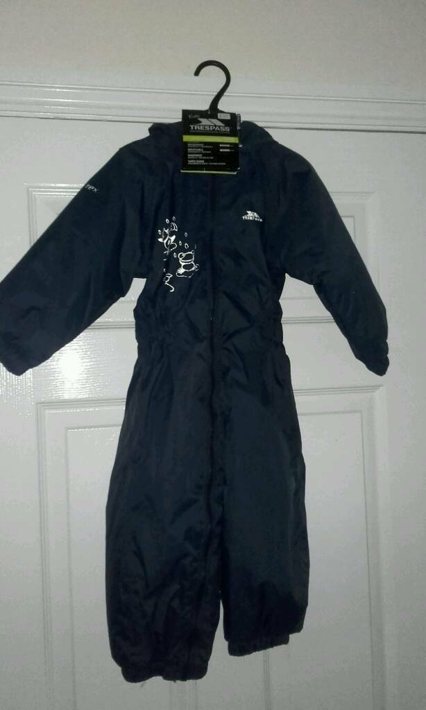 BNWT Trespass Padded Rain / Puddle Suit 18-24m