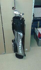5 Golf Clubs & Dunlop Golf Bag