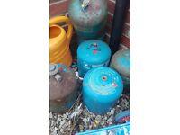 butane gass bottles 2,750 kg.