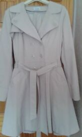 Ladies Trench Coat Size 20/22