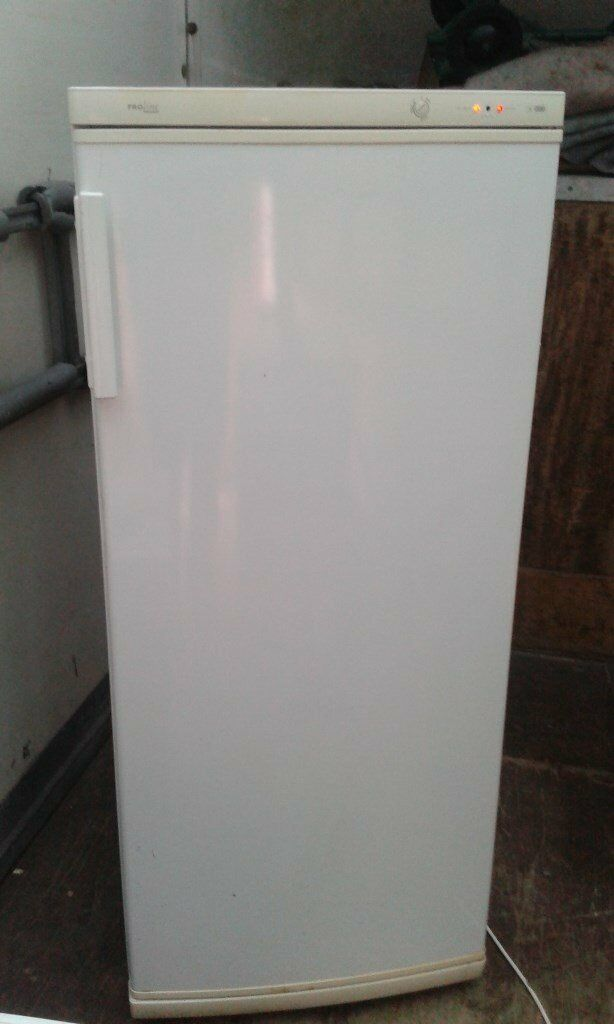 Proline Freezer 5ft Tall 6 Draw Freezer Storage Gwo Can