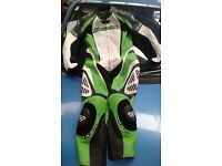 NEW RACE LEATHERS ,MAX BIAGGI RACE BOOTS,MOTORCYLE JACKETS