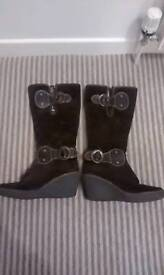 Fly london brown suede boots eu size 40