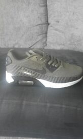 Nike air max size 7