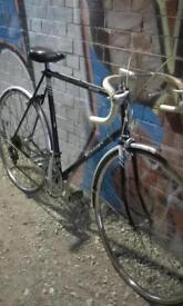 """VINTAGE RALEIGH ROUTER 19"""" STUDENT ROAD BIKE"""