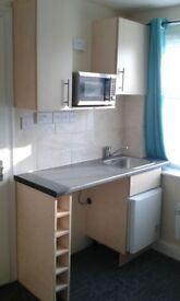 STUDIO ROOM TO LET *Ready to MOVE in* FULLY FURNISHED, ALL BILLS INC Excp Elect.OWN BATHROOM,KITCHEN