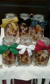 Dried flower gift jars
