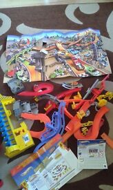 hot wheels wall track - 2 sets