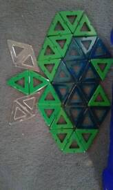 Geomag triangle tiles