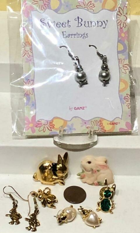 Lot 7 Pcs Vintage Rabbit Bunny Jewelry Items, Pendant, 3 pins + 3 Pairs Earrings