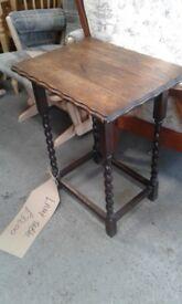 vintage oak barley twist leg lamp table side table £32.00
