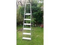 NICE HIGH ALUMINIUM STEP LADDER FOR SALE.COULD DELIVER.