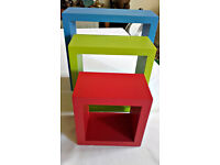 Set of 3 x coloured square box wall shelves