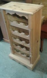 BEAUTIFUL SOLID PINE WINE RACK LOVELY CONDITION £66.00