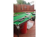 6ft x 3ft folding snooker/pool table