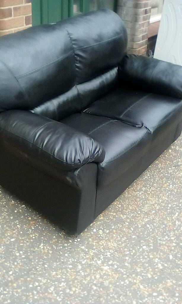 Astounding Sofa 2 Seater Leather Look Vinyl Pretty Good Condtion In Watton Norfolk Gumtree Creativecarmelina Interior Chair Design Creativecarmelinacom