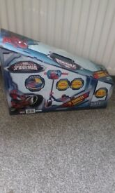 3wheel spiderman scooter age 3+ brand new never been out the box